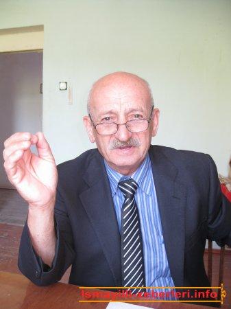 65 yaşlı şair � qonağımız