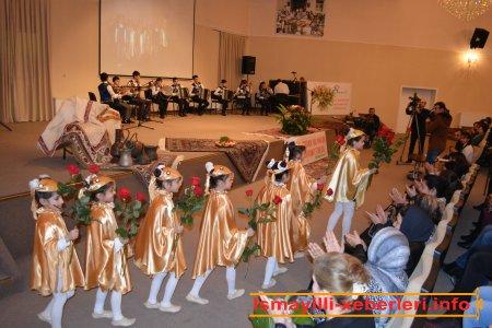 Sinif konserti � qadınlara hədiyyə