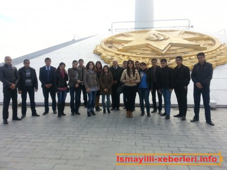 Bayraq meydanına səfər